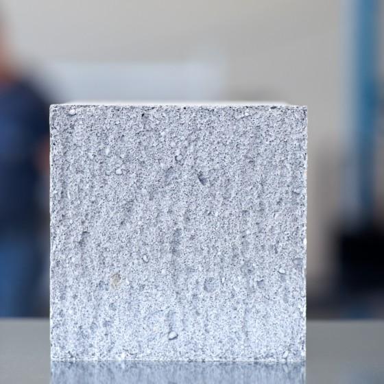 zementgebundener Leichtbaustoff